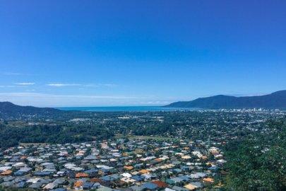 Cairns et ses environs dans la région Queensland en Australie