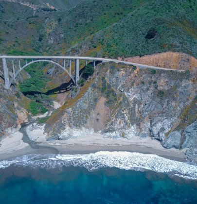Highway 1 entre Los Angeles et San Francisco en Californie aux Etats-Unis (USA)