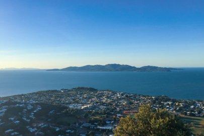 Townsville et ses environs dans la région Queensland en Australie